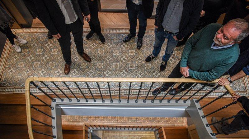 Ces balades permettront d'apprécier quarante intérieurs ouverts exceptionnellement par des propriétaires loclois et chaux-de-fonniers. Comme l'immeuble de la Raiffeisen sur le Pod.