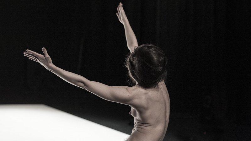 Trois spectacles de Yasmine Hugonnet dans le cadre d'Hiver de danses à Neuchâtel et à La Chaux-de-Fonds