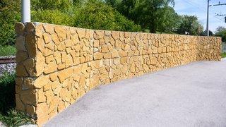 Règlement de comptes autour des murs de Peseux