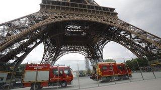 Tour Eiffel évacuée à cause d'une personne en train d'escalader l'édifice