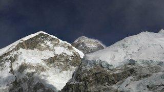 Mont Everest: deux nouveaux himalayistes meurent sur le toit du monde