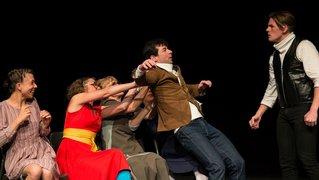 Neuchâtel: la troupe Calliope joue «Les Femmes savantes» à la Poudrière