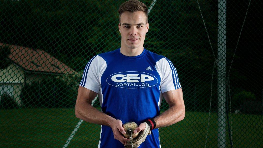 Au marteau, Yann Moulinier (CEP) a effectué un lancer à 51m98.