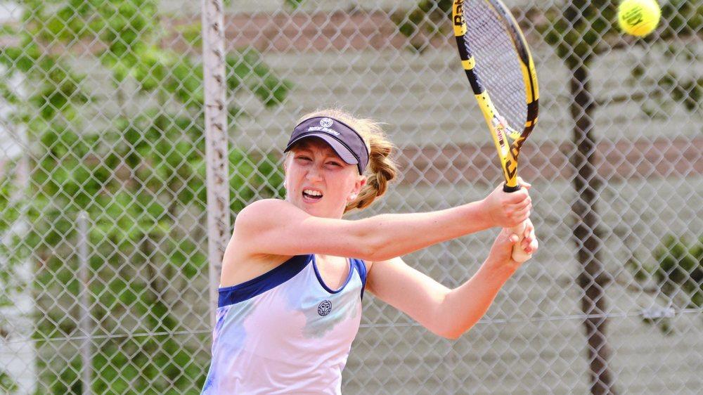Julie Sappl, espoir du tennis suisse et neuchâtelois.