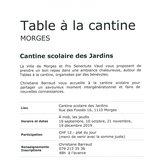 Table à la cantine - Cantine scolaire des Jardins