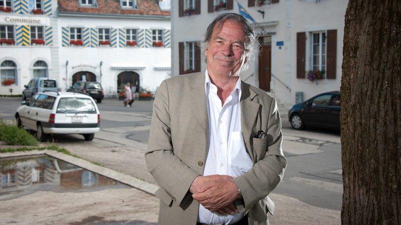 Jacques De Montmollin a été président de la commune de Lignières pendant 7 ans, jusqu'en 2011.