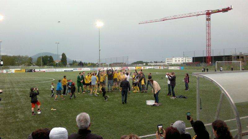 Marin sacré champion sur la pelouse de Boudry, le match Béroche-Gorgier - Neuchâtel City arrêté