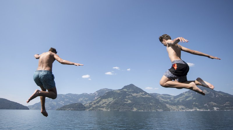 Météo: pourquoi va-t-il faire si chaud en Suisse la semaine prochaine?