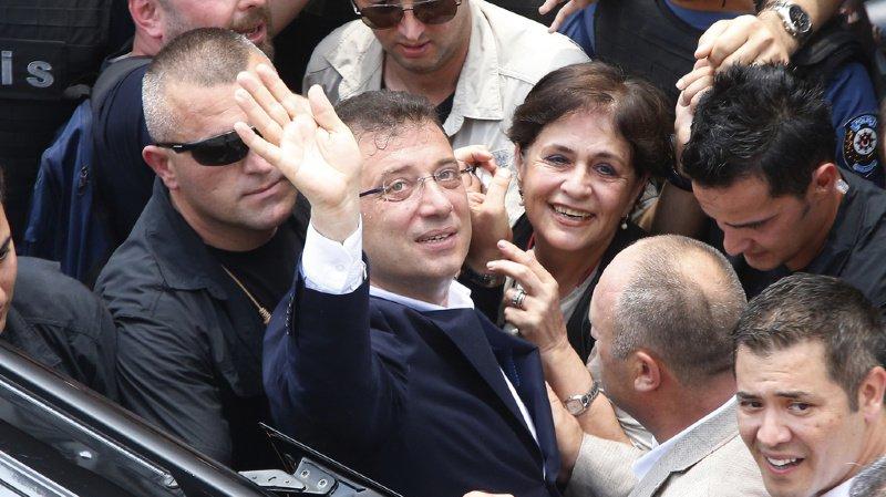 La victoire d'Ekrem Imamoglu met fin à 25 ans de contrôle du camp islamo-conservateur à la mairie d'Istanbul.