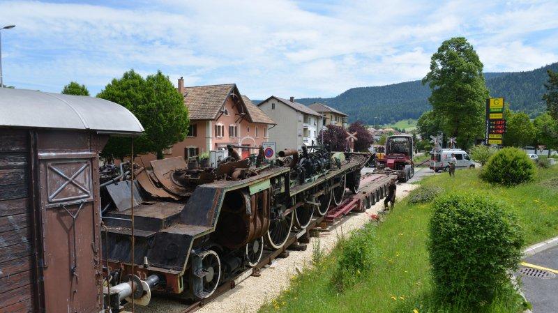 Le Vapeur Val-de-Travers a dit adieu à sa plus grande locomotive