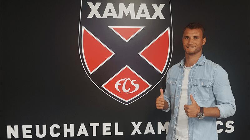 Le Jurassien de 21 ans a signé un contrat de deux ans avec le club neuchâtelois.