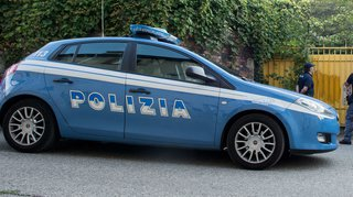 Sardaigne: collision entre une moto et une voiture, un couple suisse perd la vie