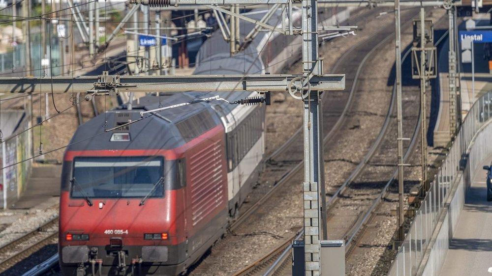 l arrive que des conducteurs de locomotive se sentent trop mal pour accomplir leur service, en raison de la température dans la cabine.