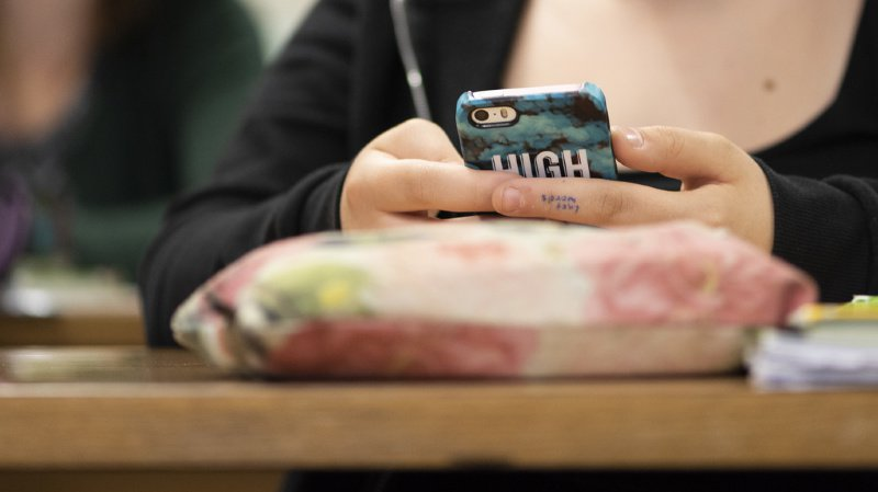 Ecole vaudoise: téléphones portables bannis des classes et préaux dès la rentrée