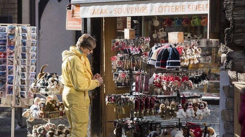 Les excursionnistes et touristes étrangers visitant la Confédération ont déboursé l'an dernier 16,6 milliards de francs. (Illustration)