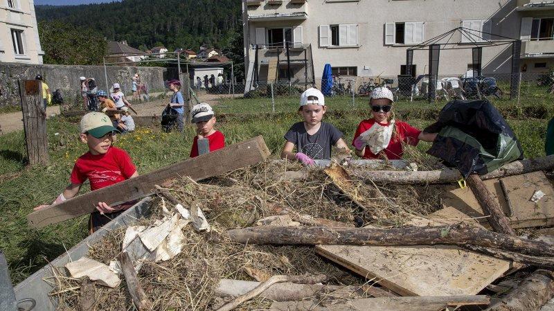 Plus de 400 élèves de Val-de-Ruz à la rescousse des sinistrés