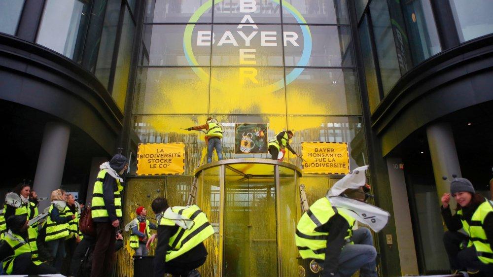 Le naufrage moral et juridique du groupe allemand Bayer se poursuit après son rachat en 2018 de Monsanto, dont le produit phare, le glyphosate, est la cible de polémiques.