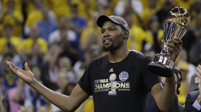Kevin Durant a décidé de rejoindre les Brooklyn Nets après avoir porté durant 3 saisons la tunique des Warriors de Golden State.