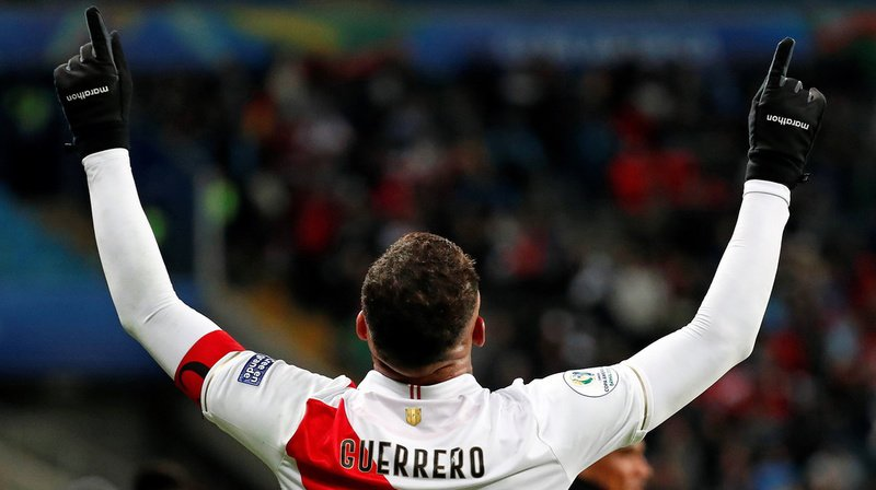 Football - Copa America: le Pérou surprend le double tenant du titre et rejoint le Brésil en finale