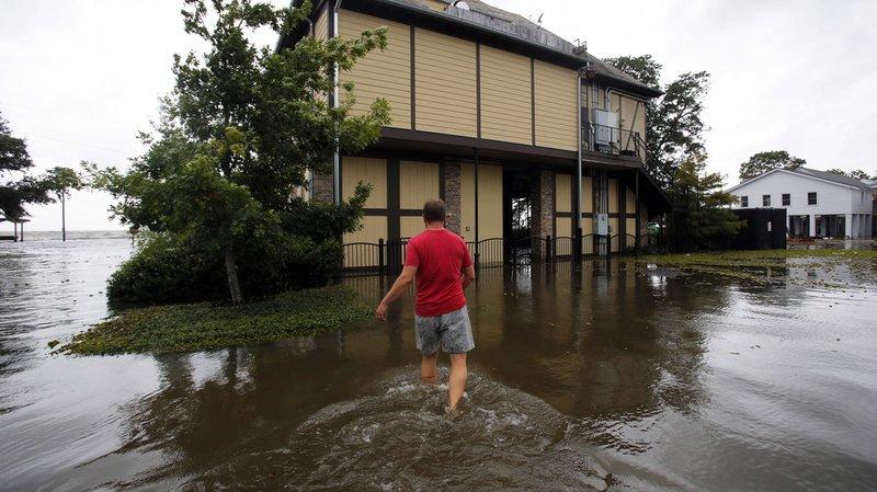 États-Unis: rétrogradé en tempête tropicale, l'ouragan Barry touche terre en Louisiane