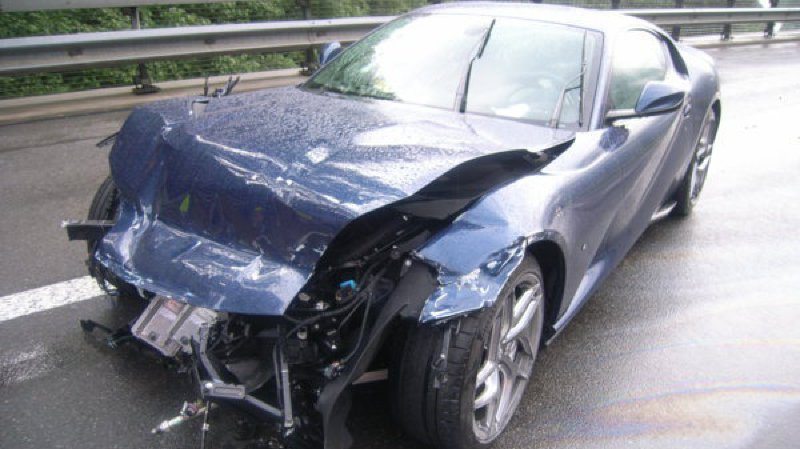 Uri: il perd la maîtrise de sa Ferrari sur l'autoroute, les dégâts se montent à 350 000 francs