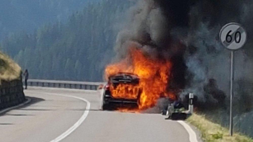 """""""Le véhicule a été complètement ravagé par les flammes en neuf minutes"""", raconte Jimmy Russo."""