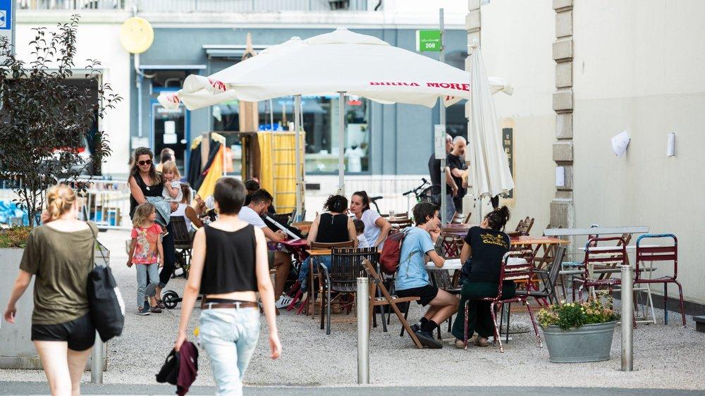 Les organisateurs de la Plage sont en droit de demander à un bistrotier de déplacer sa terrasse, comme ici près de la place du Marché.