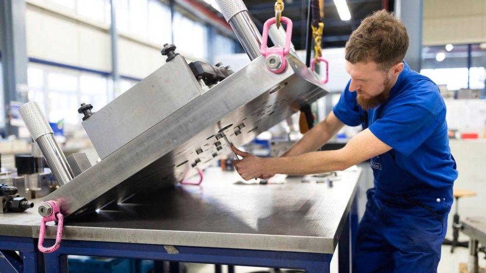 Très liée à sa voisine, l'industrie suisse commence à souffrir des signaux inquiétants venus d'Allemagne.