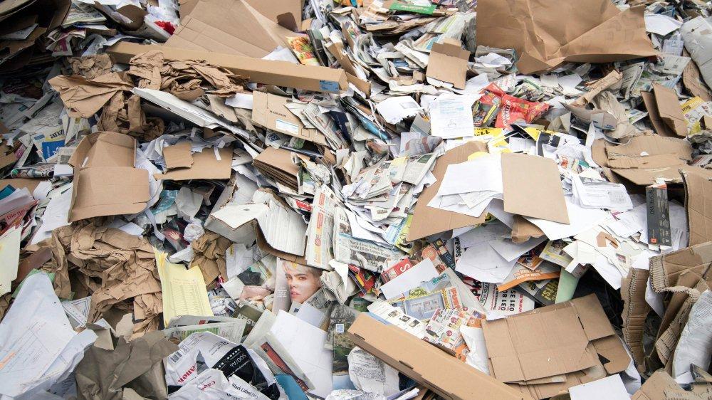 Liste des déchets exportés remise aux douanes, déclaration de tous les transports effectués, normes à respecter: telles sont les tâches à effectuer lorsqu'une entreprise souhaite exporter des déchets non dangereux.