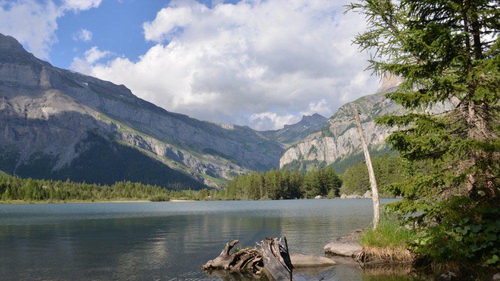 Le lac de Derborence et ses allures de grand nord.