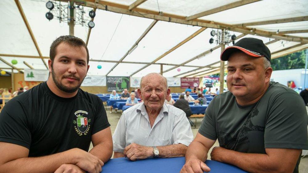 La Mi-été des Bayards en trois époques: Nicolas Conrath, Robert Montandon et Cédric Matthey, de gauche à droite.