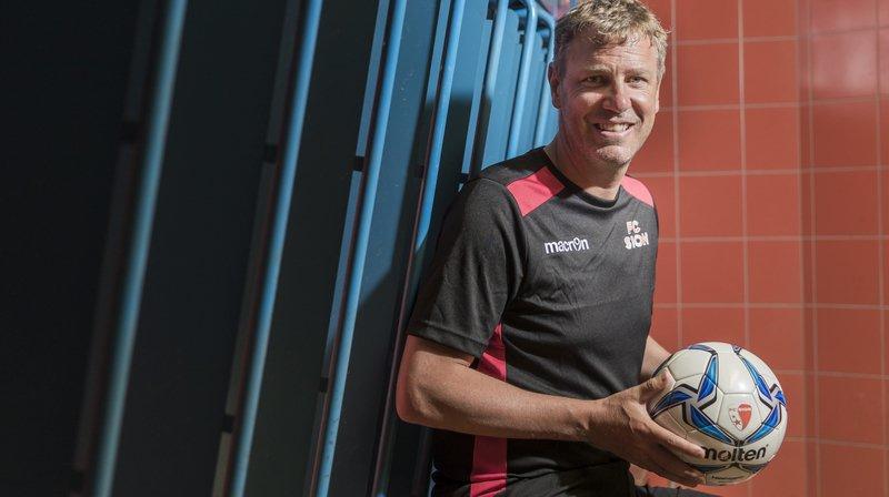 Stéphane Henchoz: «A Sion j'ai dû changer mon approche en tant que coach par rapport à Xamax»