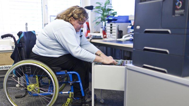 Assurances sociales: la réinsertion professionnelle profite à l'assurance invalidité