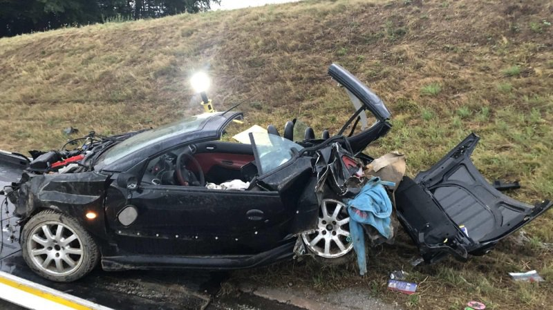 Fribourg: un adolescent sans permis fait un accident au volant de la voiture de son père