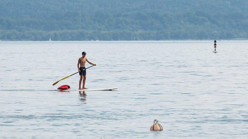 Longueur, largeur, prix: comment bien choisir son paddle pour s'élancer sur le lac de Neuchâtel?