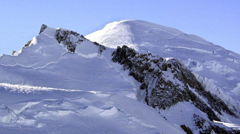 Dans le massif du Mont-Blanc, de plus en plus d'ascensions mythiques deviennent dangereuses voire impossibles. (Illustration)