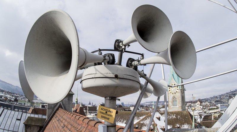 Les autorités bâloises ont rappelé qu'il ne faut pas appeler les services d'urgence si une alarme se déclenche. Sur la photo, des sirènes de la ville de Zurich. (Illustration)
