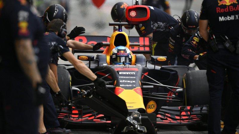 Les mécaniciens de l'écurie Red Bull ont fait preuve d'une extrême rapidité.