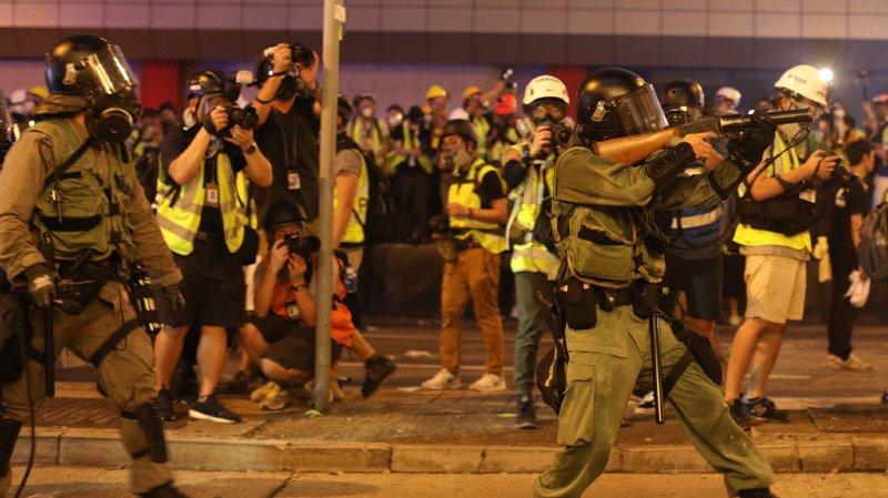 Hong-Kong: la police tire contre des protestataires anti-gouvernementaux