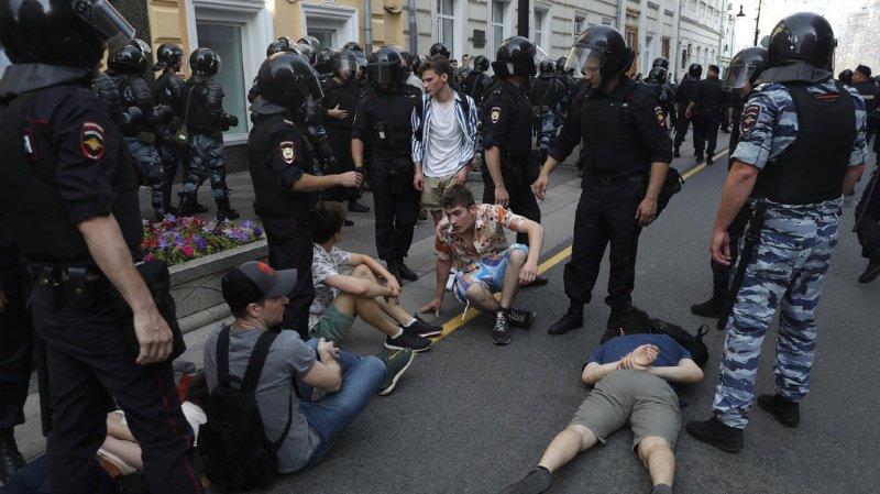 La manifestation avait été interdite par le Kremlin. Les forces de l'ordre sont intervenues en masse.