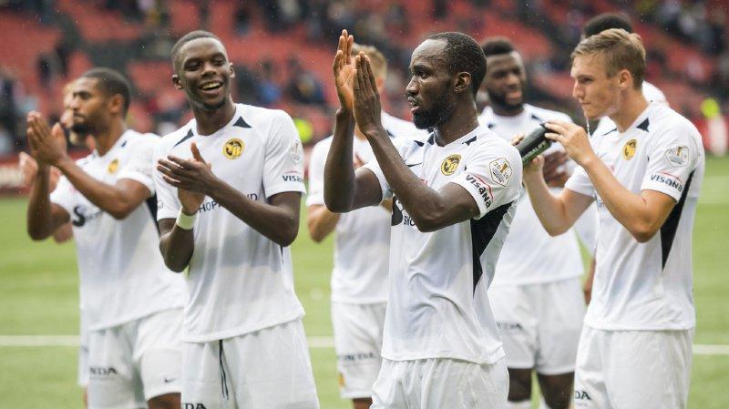 Le milieu bernois Nicolas Moumi Ngamaleu fête la victoire (1-0) de Young Boys contre Neuchâtel Xamax ce dimanche.