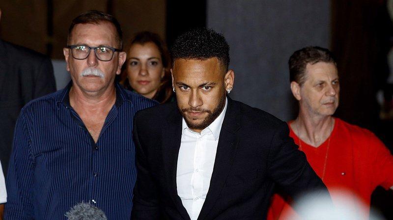 Une juge de Sao Paulo a décidé de classer sans suite la plainte de viol visant Neymar.
