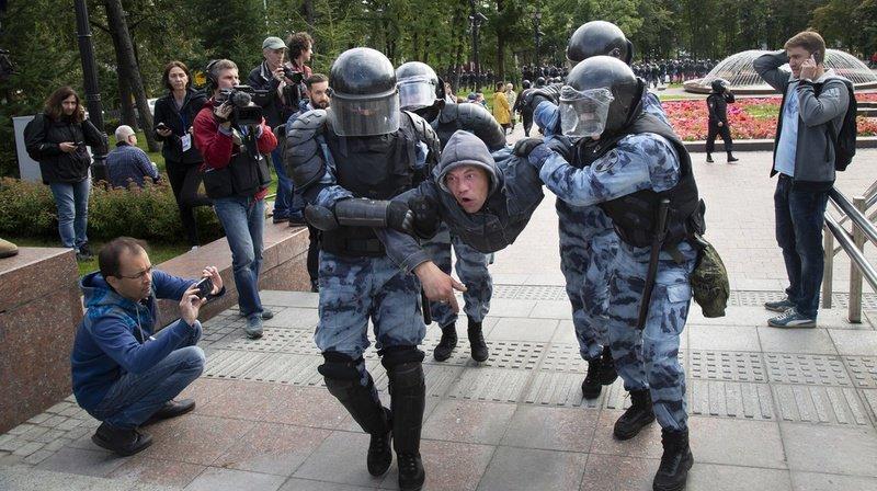 Russie: plus de 800 arrestations lors d'une nouvelle manifestation de l'opposition