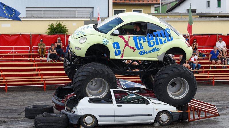 Un vrai American Motor Show à La Chaux-de-Fonds.