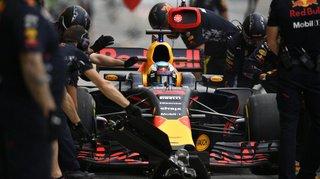 """Formule 1: 1""""88 pour changer quatre roues, Red Bull bat son propre record du monde"""