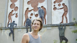 Le Locle: l'art urbain colore le site des Moulins souterrains