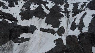 Un alpiniste fait une chute mortelle en Valais