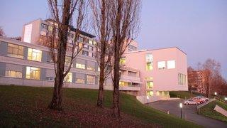 Porrentruy: les Sœurs donnent un bâtiment à l'Hôpital du Jura