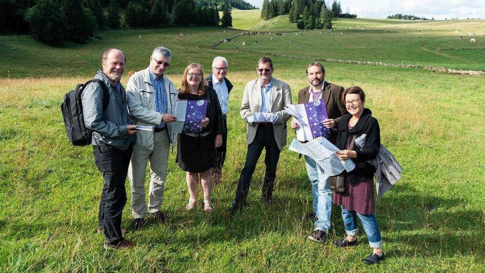 Les responsables de l'UPN ont présenté le programme 2019-2020 ce mercredi aux Gümmenen, près de Tête-de-Ran. De gauche à droite: Alain Schwab, Jean-Marie Mangilli, Mariachiara Vannetti, André Feller, Philippe Merz, Jean-Luc Renck et Marike Heyd.