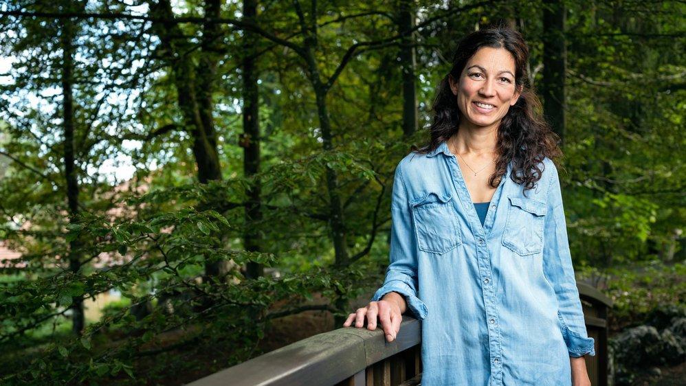 """""""Je suis une soigneuse sensible"""", raconte Yasmine Ponnampalam. La responsable du zoo gère également la station de soins du Bois du Petit-Château."""